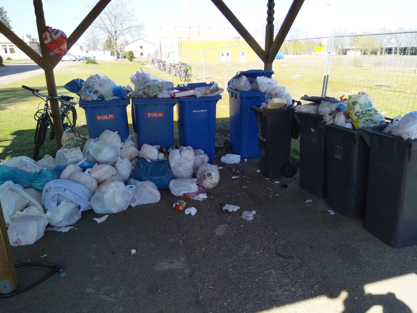 Müllbehälter in LEA Speyer